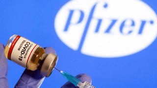 Llegarán 20 millones de dosis de la vacuna Pfizer este año, y se aprobó la vacunación a adolescentes con comorbilidades